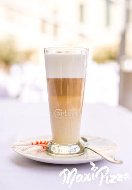 Kafija ar pienu